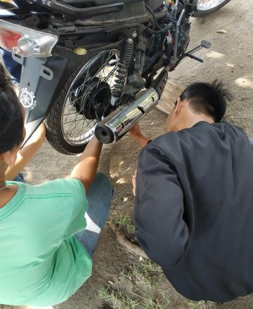 Pelatihan Mekanik Sepeda Motor Hari Ke-15 di Balai Desa Tamantirto
