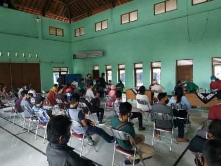 Pelaksanaan Rapid Test Hari Ke-2 Linmas Dan KPPS Desa Tamantirto Untuk Pilkada Tahun 2020